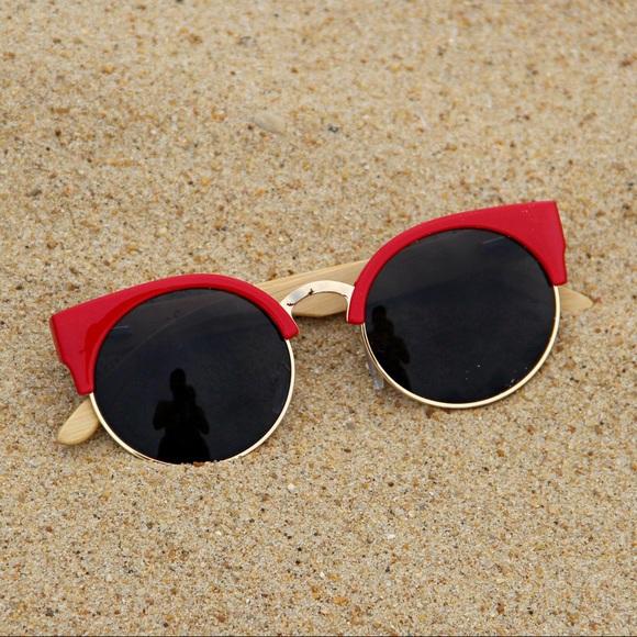 de12cf46182 Woodies Cat Eye Polarized Sunglasses